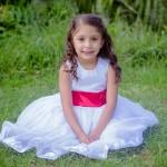 結婚式・披露宴、子供からの花束贈呈!子供の服装マナーとドレス選びのコツ