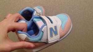 ニューバランス子供靴